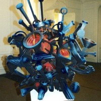 - STRESS - Holz und Acryl - 120 x120 x 120 cm - 2002
